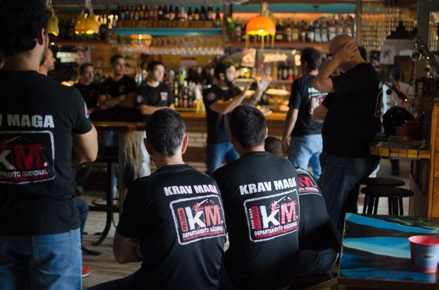 seminario de krav maga impartido por enrique oliva en cerveceria ribamontán al mar
