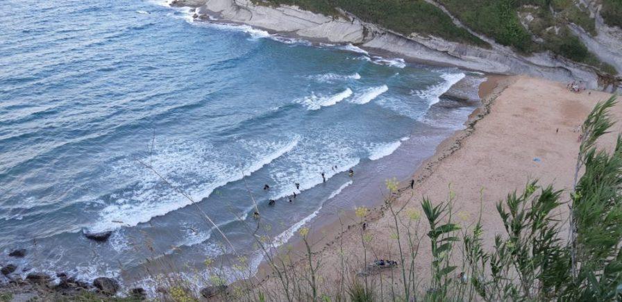 entrenamiento krav maga cantabria en la playa de mataleñas de santander