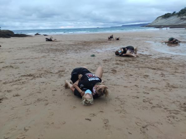 las chicas son guerreras krav maga en santander playa 2021