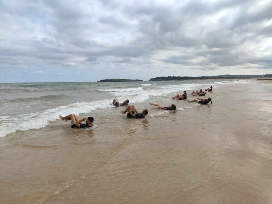 abdominales en la playa de somo krav maga enrique oliva